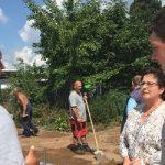 MdB Patricia Lips besucht Kunkel Garten