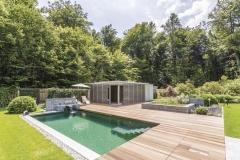 Pool im Garten Bildquelle: Balena GmbH